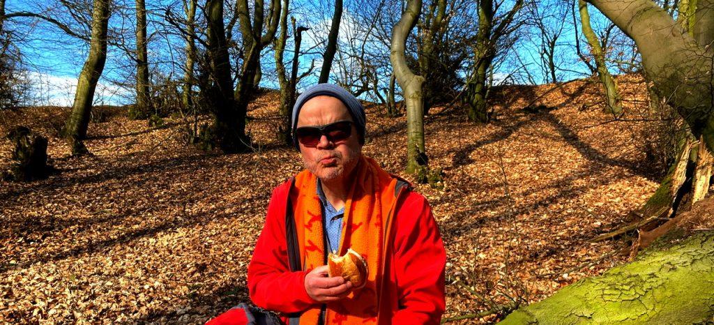 Picknick mit Brötchen im Wiehengebirge