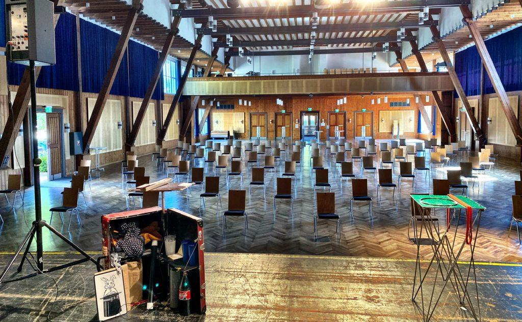 Baiersbronn Schwarzwaldhalle, Zaubervorstellung